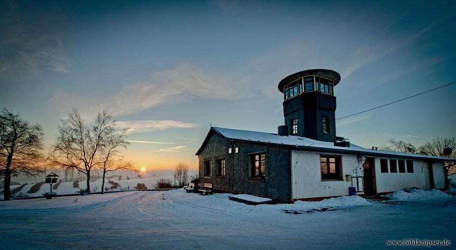 Barigauer Turm im letzten Licht