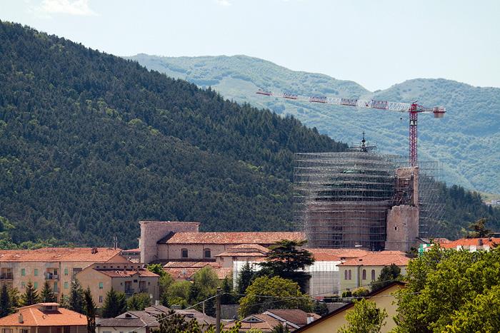 Italien und die Berge in Abruzzen