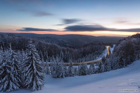 Blick über den verschneiten Thüringer Wald