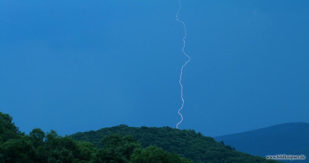 Blitz über dem Thüringer Wald
