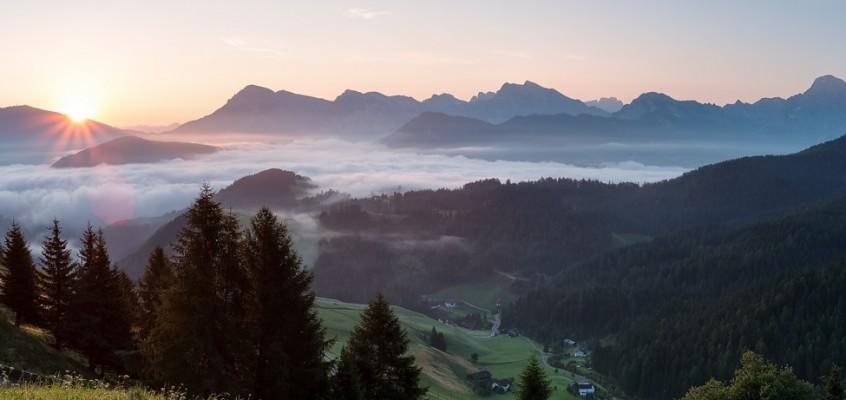 Foto des Monats Juli: Sonnenaufgang in den Dolomiten