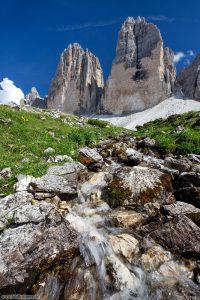 Bergfotografie kleiner Bach vor den Zinnen